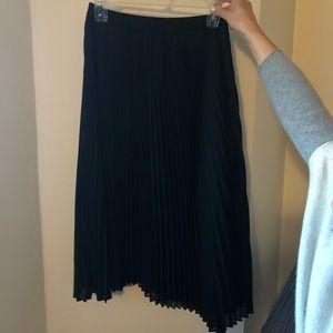 Black accordion skirt Club Monaco